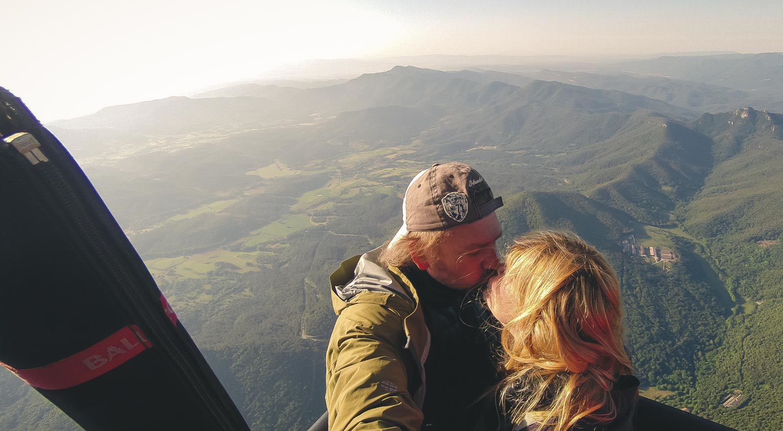 traveling for couples find the romance