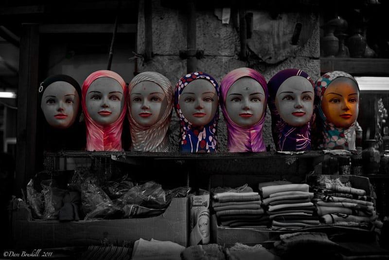head scarves etiquette tips middle east