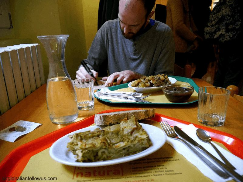 vegan travel meals
